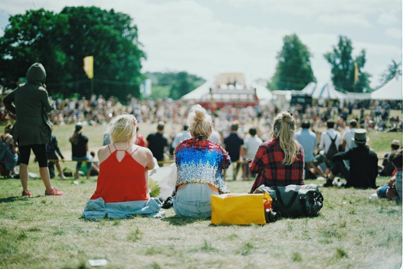 Buďte šik na letnom festivale!