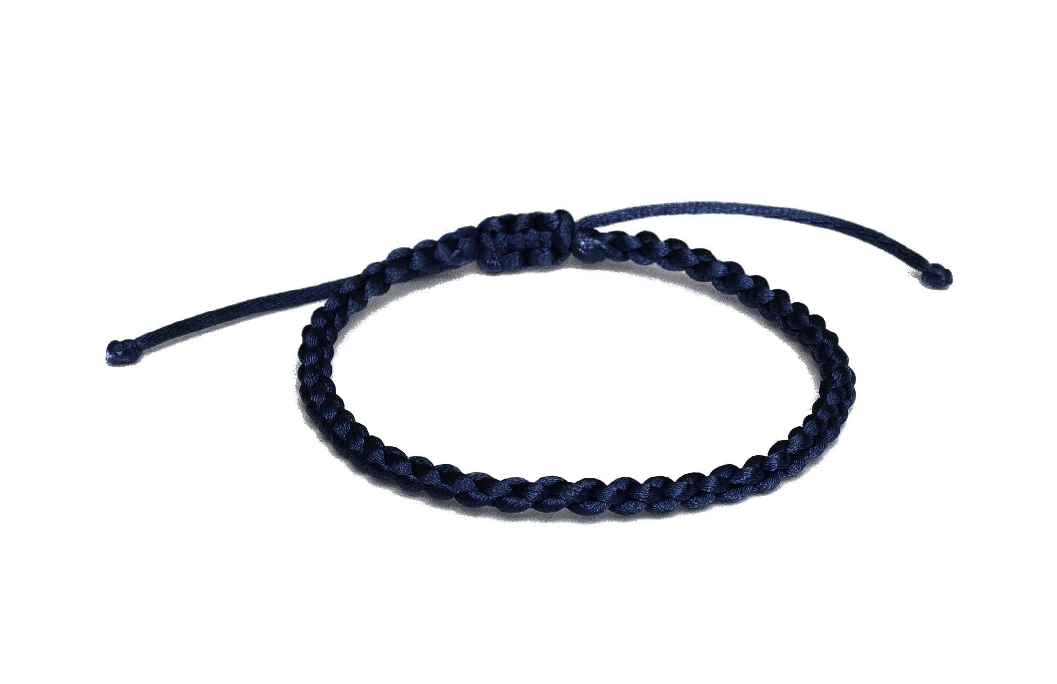 Tmavo modrá zapletená šnúrka