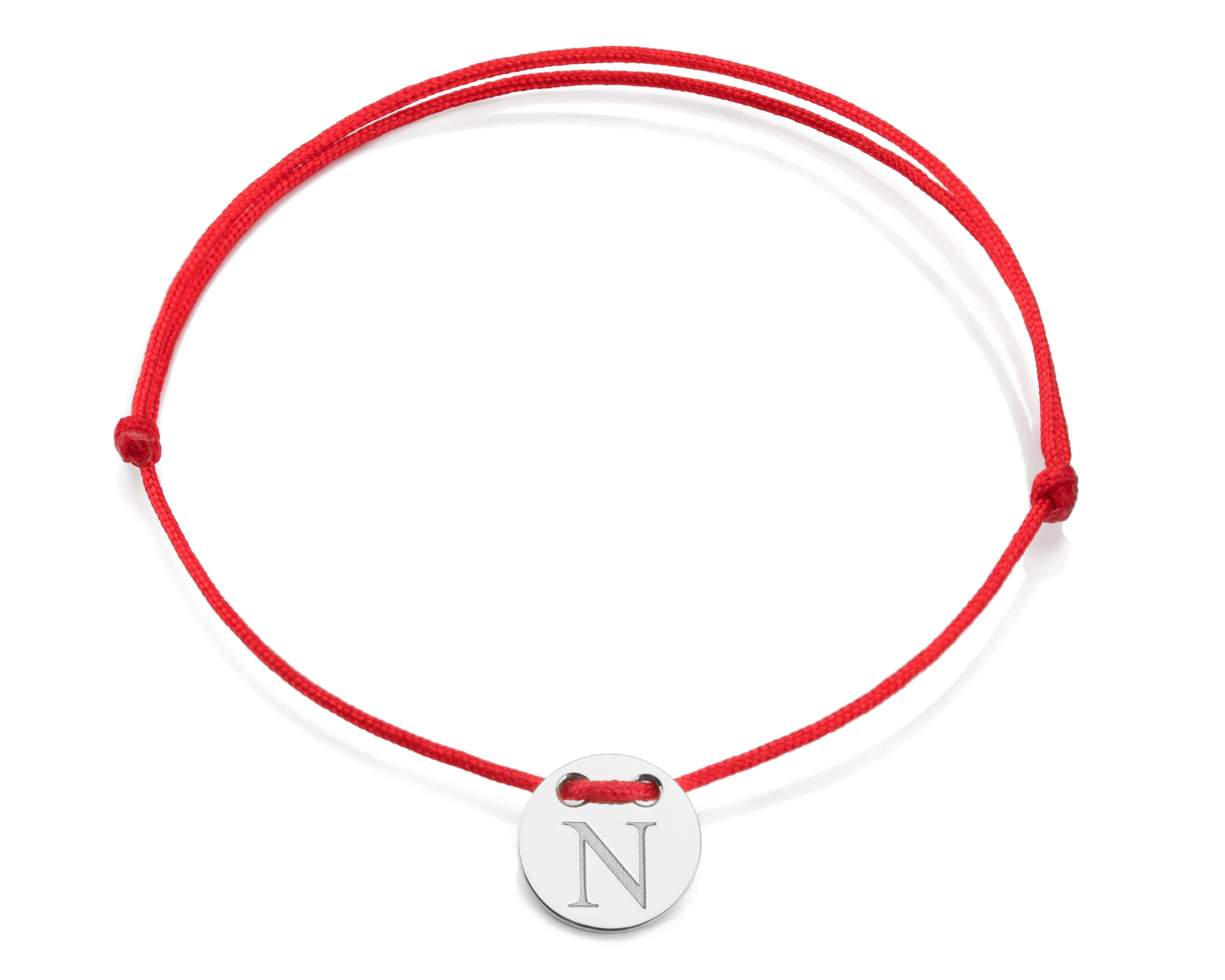 Červená šnúrka, striebro, Iniciál N