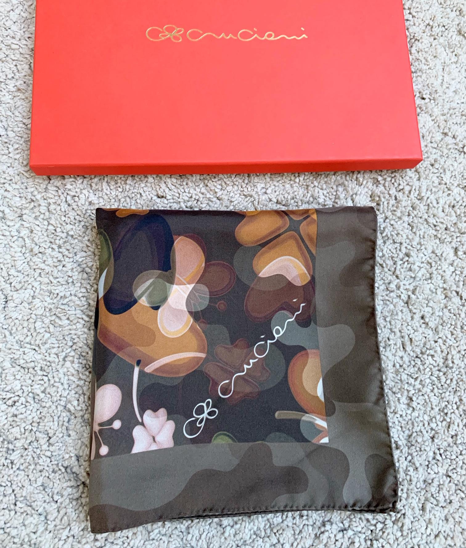 Hodvábna šatka CRUCIANI v darčekovom balení