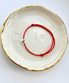 Náramok BY LEON.Y. - SWAROVSKI srdiečko - s odleskami, červená šnúrka