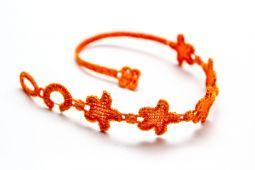 Náramok CRUCIANI Hviezda šťastia oranžová